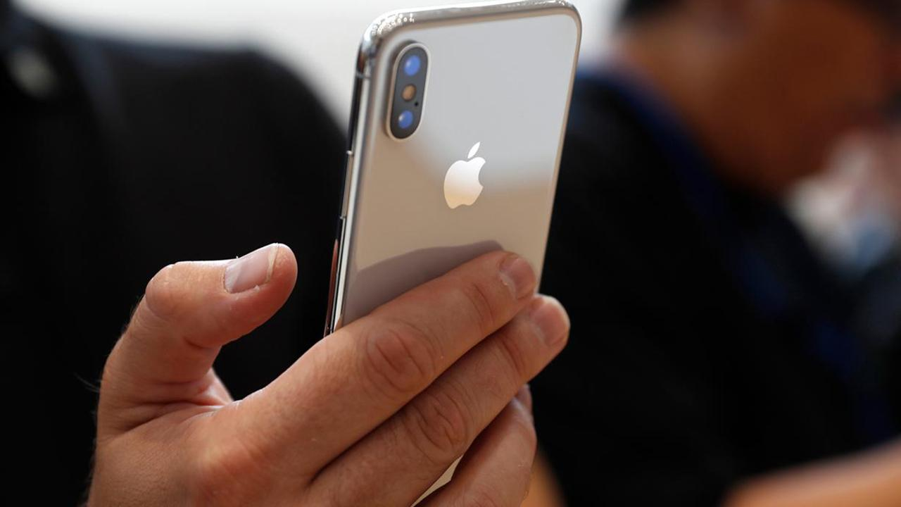 Fox Business Outlook: New report from Nikkei says Apple plans to make 20 percent fewer new iPhone models this year.