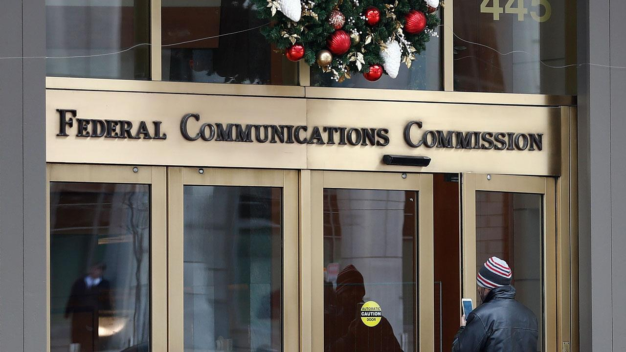 FBN's Cheryl Casone on the repeal of net neutrality taking effect.
