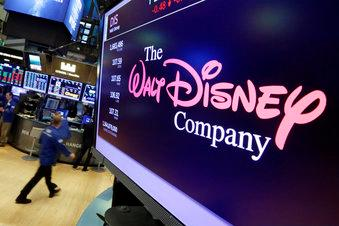 IMAX CEO Richard Gelfond provides insight into Disney's $71 billion deal for 21st Century Fox entertainment assets.