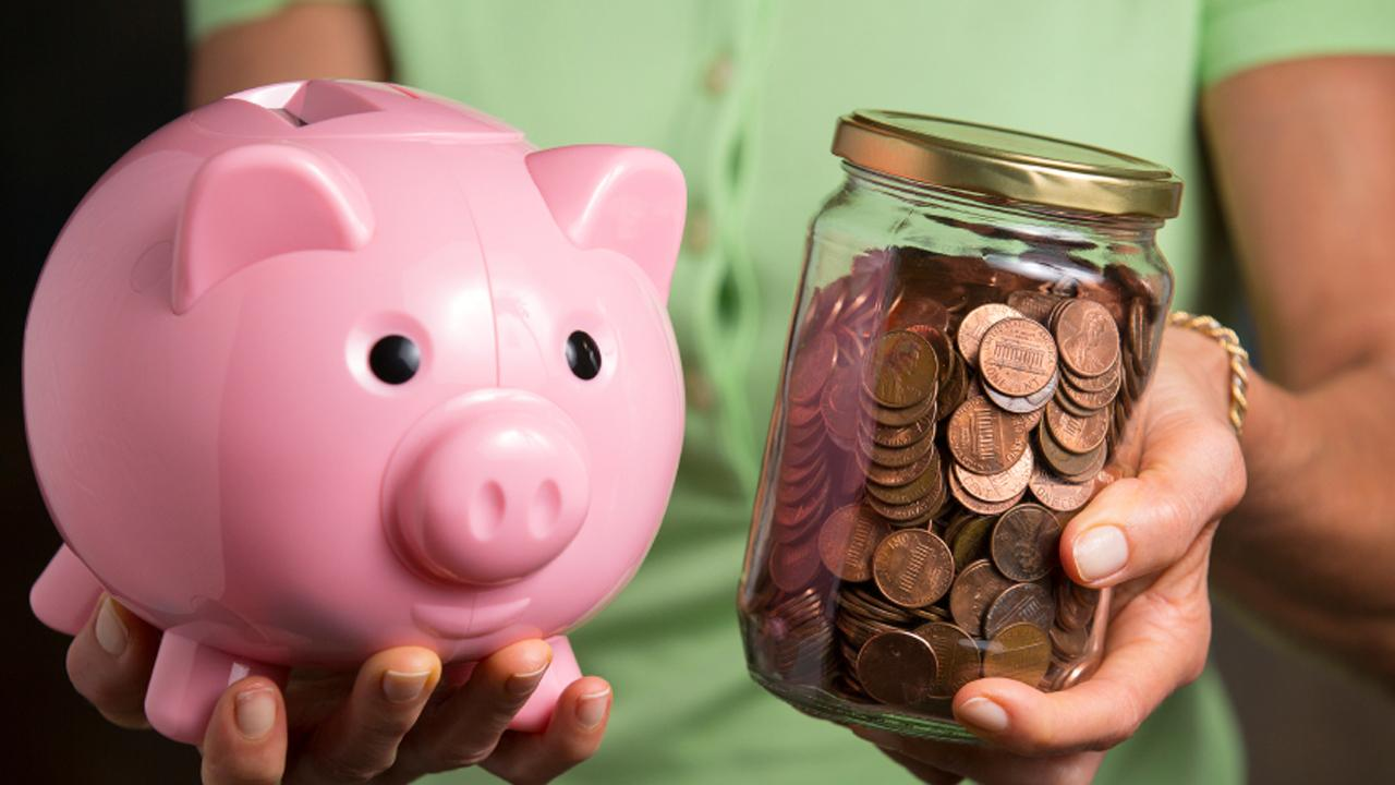 10 'poor man's habits' for saving a buck
