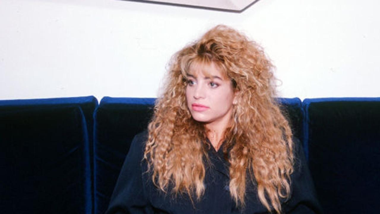 'Tell It To My Heart' singer Taylor Dayne reflects on 30 years in the music business.
