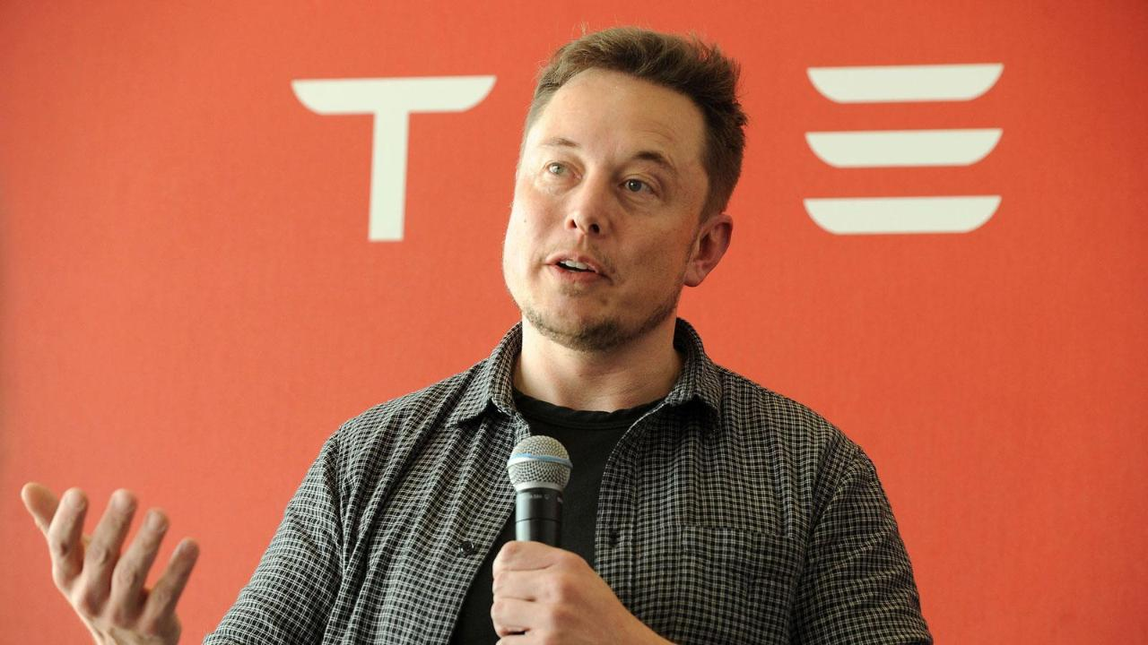 FBN's Stuart Varney on concerns over Elon Musk's ability to run Tesla.