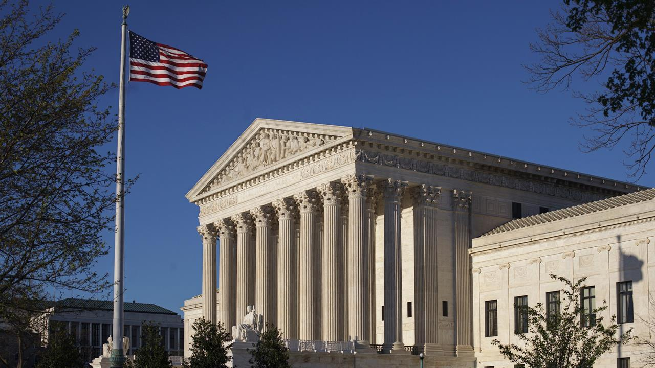 Ed Whelan, former clerk for Justice Antonin Scalia, on President Trump's potential pick for Supreme Court Justice.
