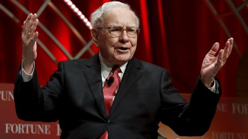 Berkshire Hathaway CEO Warren Buffett discusses why he dislikes quarterly profit forecasts and how trade tariffs are impacting his companies.