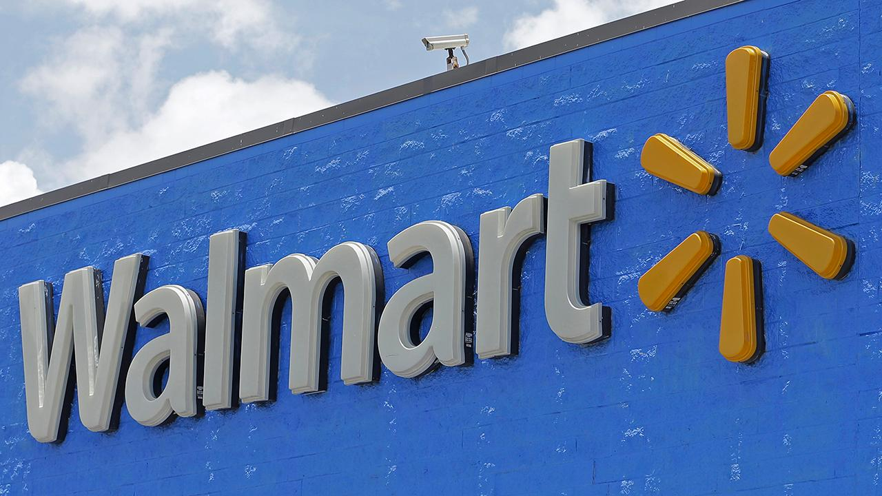 Vision 4 Funds Distributors Vice President Heather Zumarraga and Dennis Gartman, The Gartman Letter editor & publisher, discuss Walmart's strong quarterly earnings.