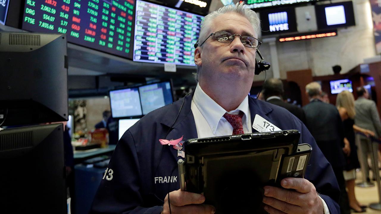 Aviance Capital Management President Chris Bertelsen on why investors should add Verizon to their portfolios.