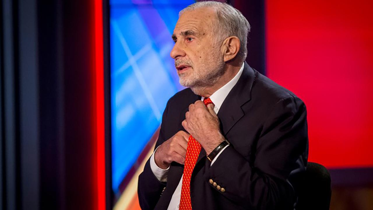 Billionaire investor Carl Icahn discusses why he is urging Cigna shareholders to reject a proposed merger with Express Scripts and how drug prices are a major problem in the U.S.