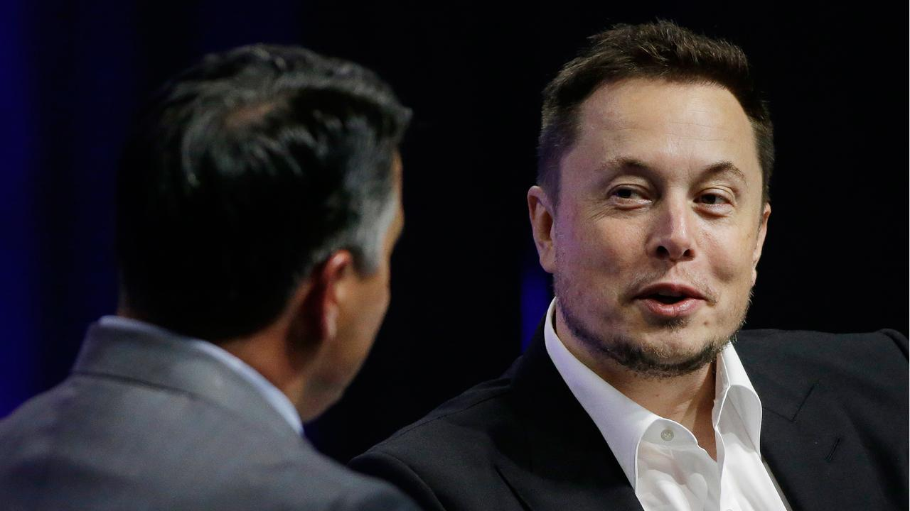 "Fox News contributor Gary Kaltbaum weighs in on the SEC's lawsuit against Tesla CEO Elon Musk, who they accused of making ""false and misleading"" statements about taking the company private."