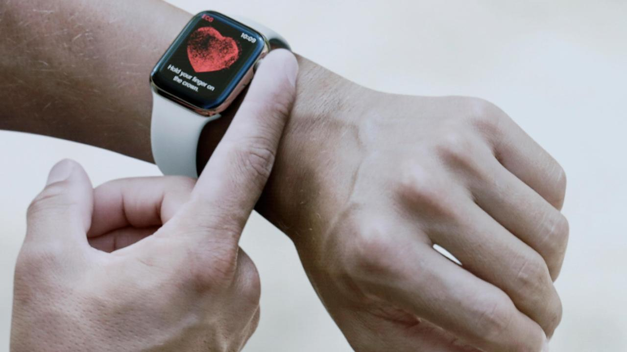 Fox News medical correspondent Dr. Marc Siegel on the potential health benefits of the Apple Watch.
