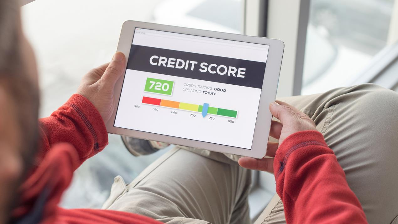 FBN's Liz MacDonald on the impact of the new UltraFICO credit score.