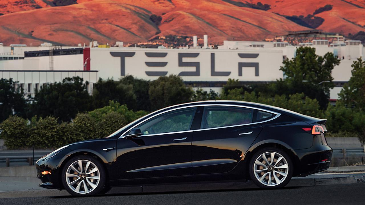 FBN's Cheryl Casone on Tesla reaching a milestone of 100,000 Model 3 vehicles and Tesla CEO Elon Musk filing the paperwork to create a Tesla brand tequila called 'Teslaquila.'