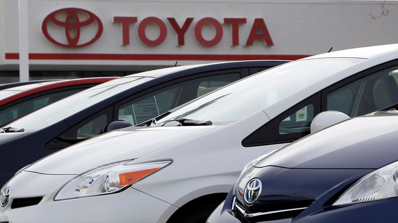 Fox Business Briefs: Toyota is recalling over 2 million cars, which mainly affects Prius owners, over a fault in the hybrid system that causes them to lose power; U.S. unemployment rate fell to 3.7 percent in September, the lowest level since December 1969.