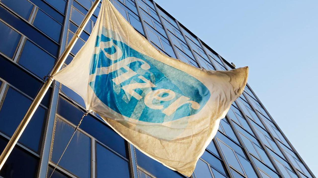 Pfizer announced that CEO Ian Read will step-down by the end of the year and be replaced by the company's current chief operating officer Albert Bourla.