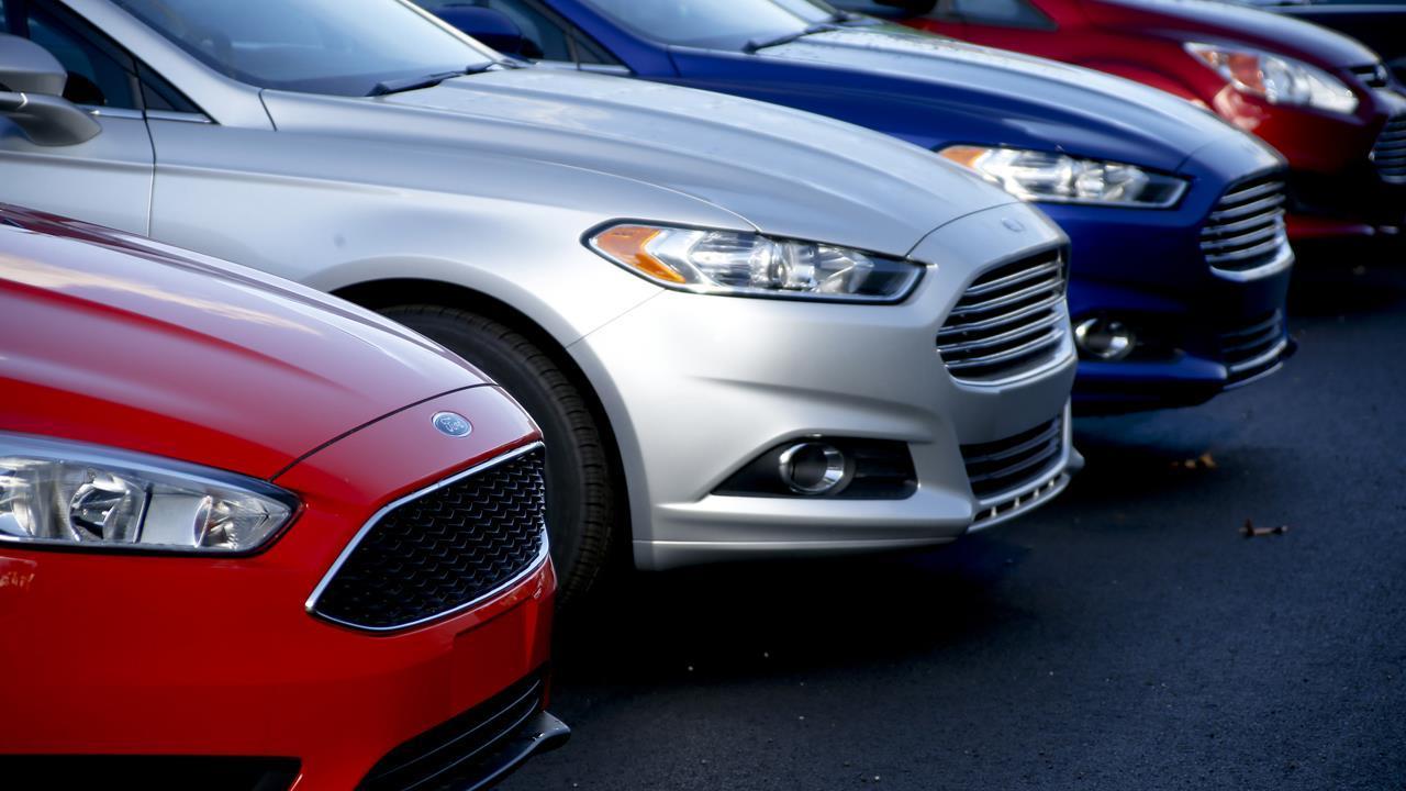 FBN's Jeff Flock on the decline of no-interest car loans.