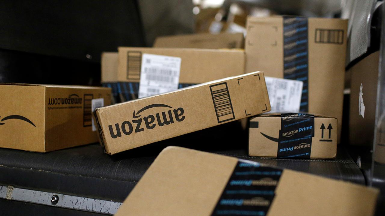 Morning Business Outlook: Amazon has reportedly narrowed down its new headquarters search to three cities: Northern Virginia's Crystal City, Dallas and New York City. The online giant is also rolling out free shipping to everyone this holiday season.