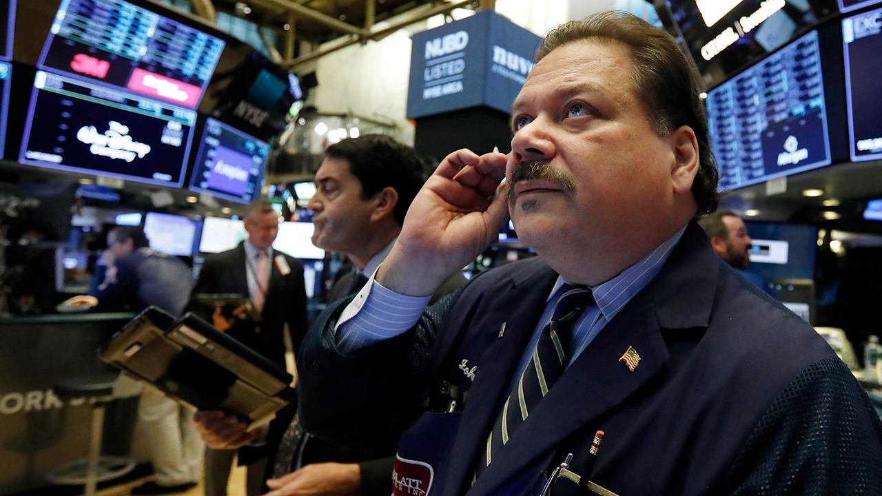 CFRA chief investment strategist Sam Stovall, FBN's Ashley Webster and Charlie Gasparino discuss how the Dow Jones jumped more than 500 points after the midterm elections.