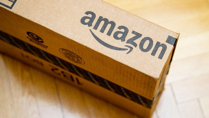 """""""Bulls & Bears"""" panel discusses how President Trump's task force recommended that the United States Postal Service should raise the prices of packages shipped by retailers like Amazon."""