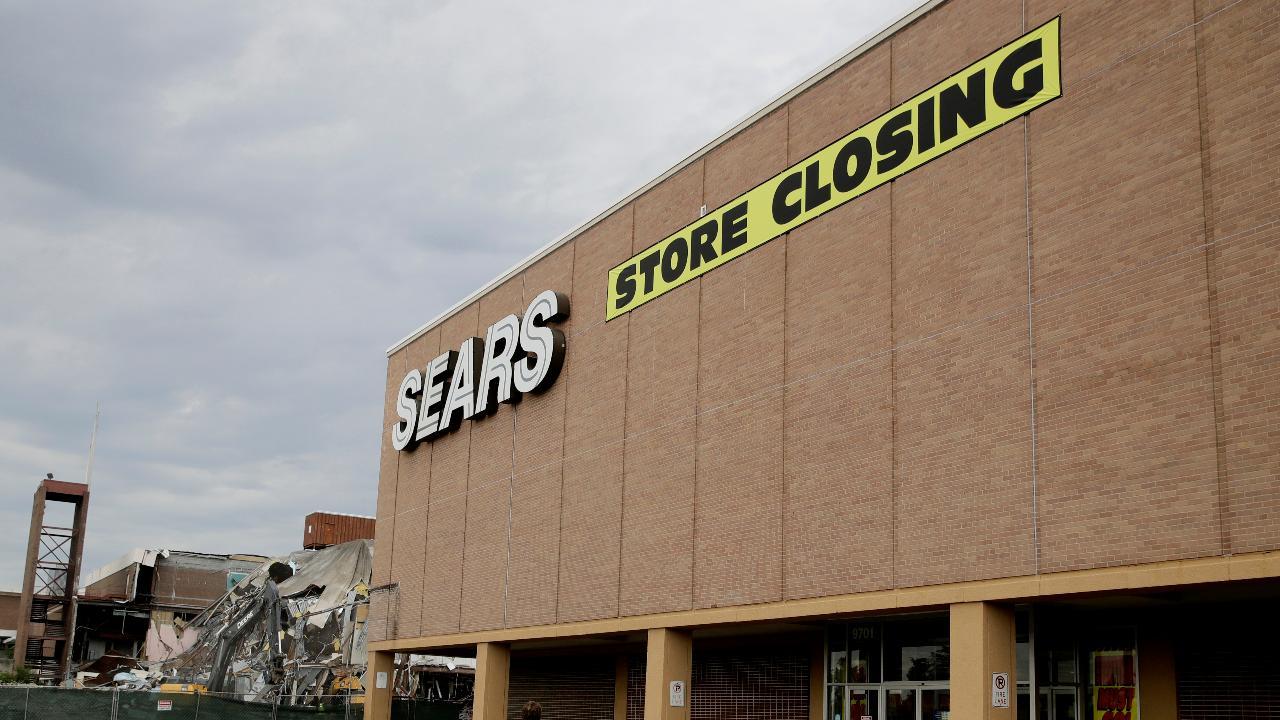 FBN's Kristina Partsinevelos on Sears' uncertain future.