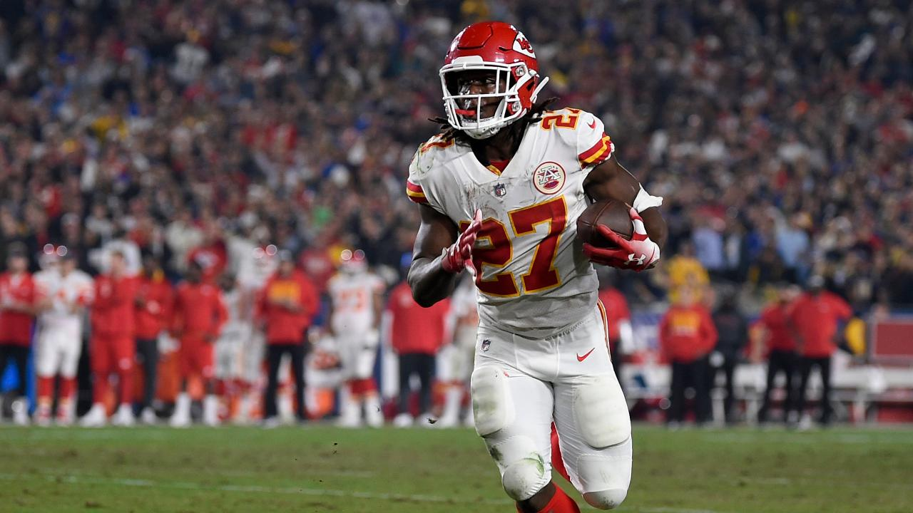 Fox News Headlines sports reporter Jared Max on mounting concerns over the NFL's handling of its investigation into allegations against former Kansas City Chiefs player Kareem Hunt.