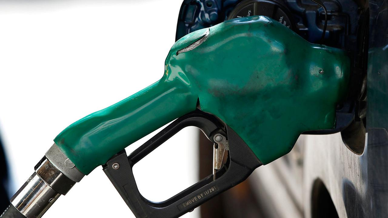 GasBuddy.com senior petroleum analyst Dan McTeague on the outlook for gas prices.