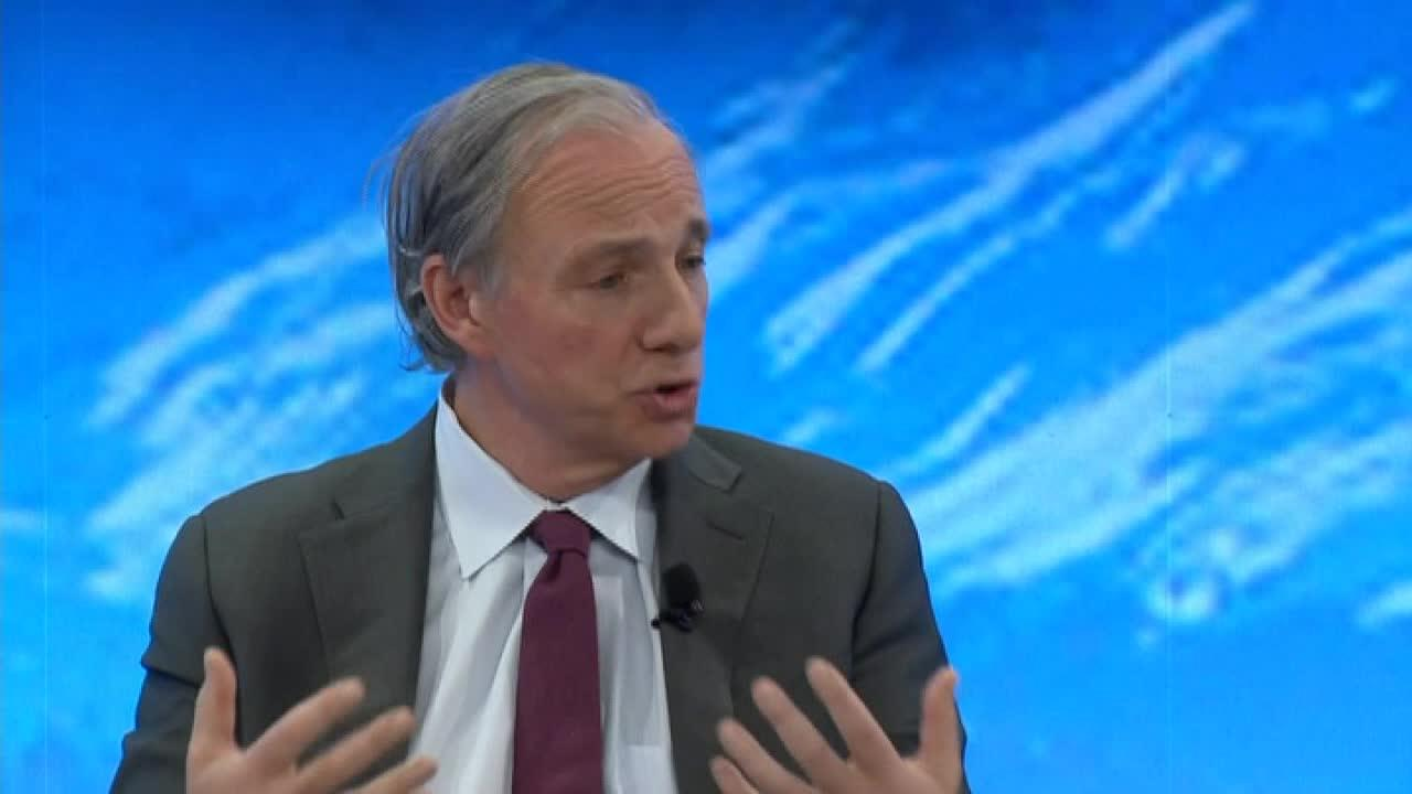 Ray Dalio lowered his odds of a recession before 2020. Here's why