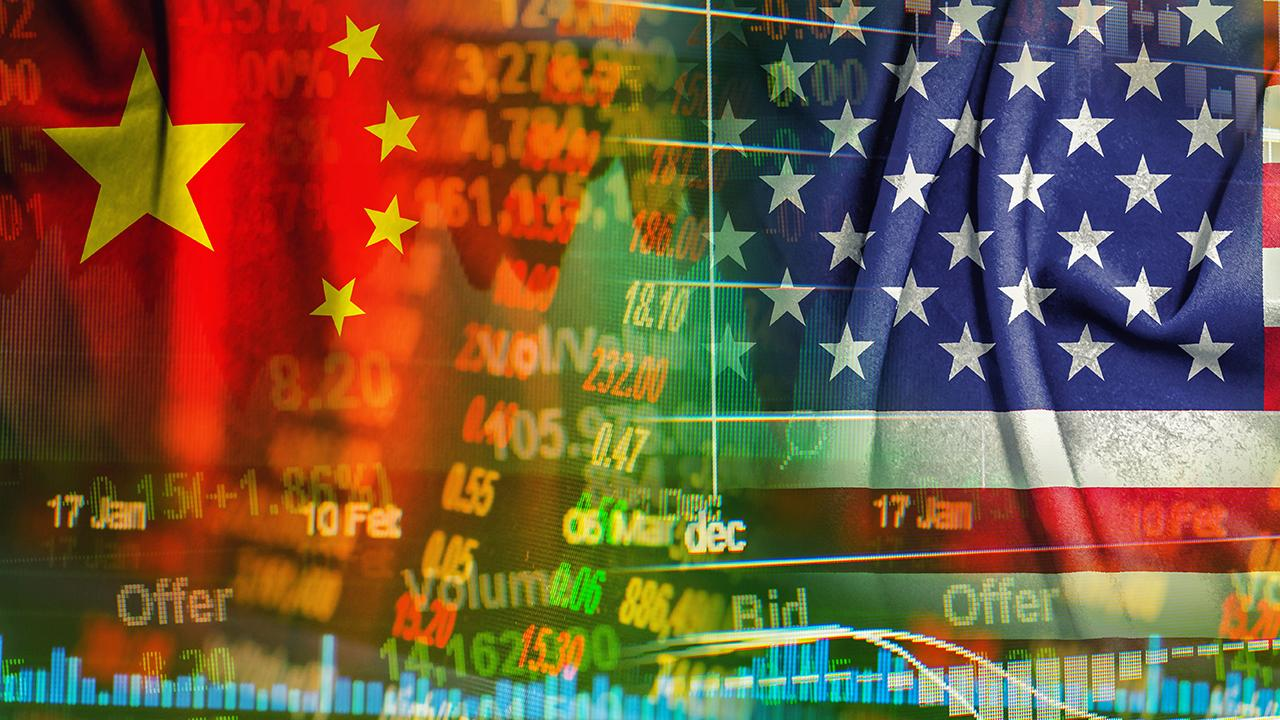 """Bulls & Bears"" panel on how the Trump administrations' trade talks with China propelled U.S. stocks further into the green."