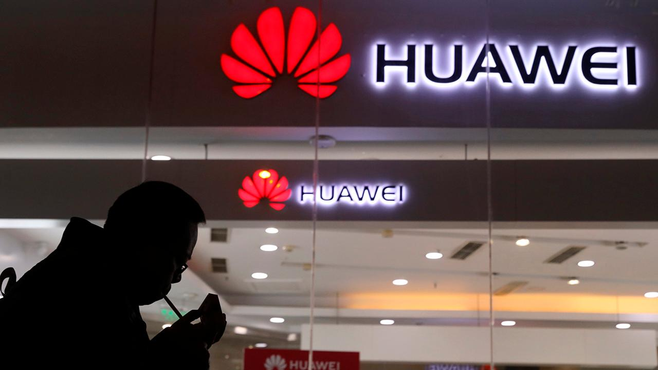 """""""Bulls & Bears"""" panel discusses how the Department of Justice will pursue a criminal case against Chinese tech giant Huawei for allegedly stealing trade secrets."""