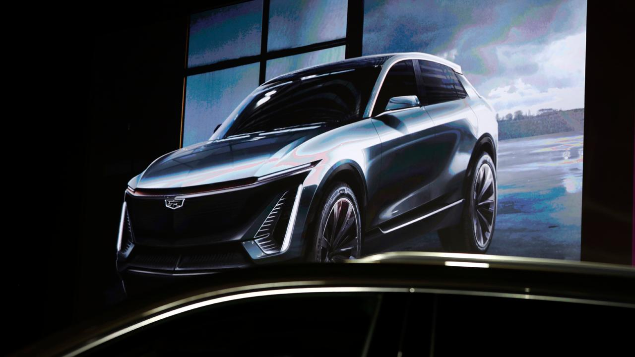 Cadillac President Steve Carlisle discusses the luxury brand's electric vehicles and sales in the Chinese auto market.