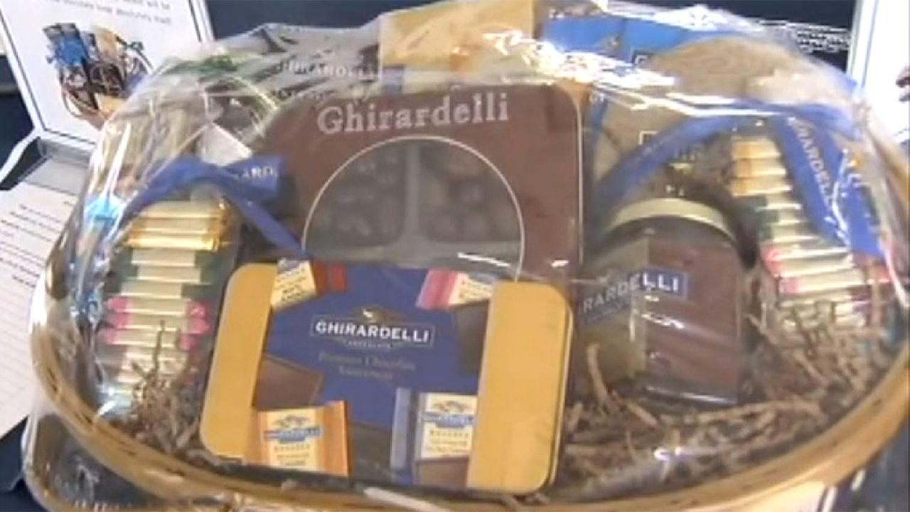 Fox Business Briefs: California prosecutors fine Ghirardelli and Russell Stover $750,000 for misleading customers because their packaging was either too big or mostly empty; General Motors suspends production at several Michigan plants after a request from Consumers Energy.