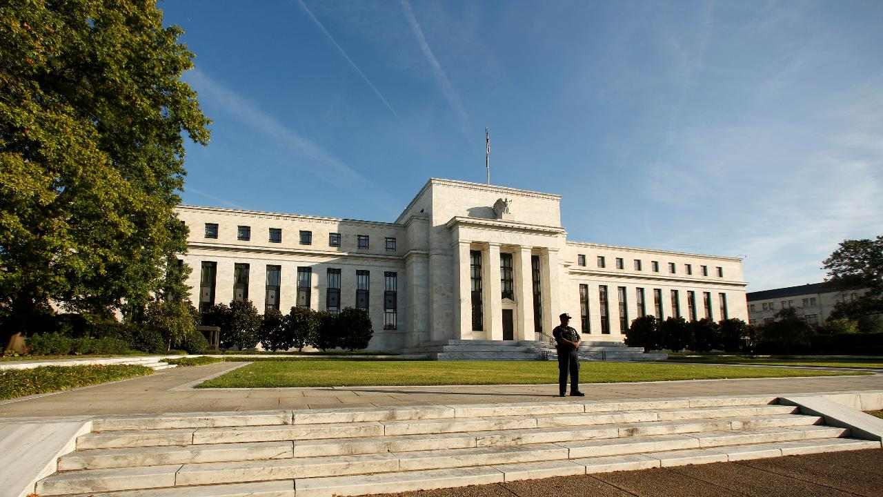Federal Reserve economist Vincent Reinhart on the outlook for Federal Reserve policy.