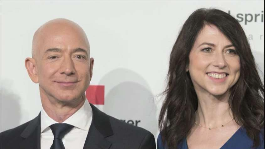 Wall Street Journal tech reporter Tim Higgins and Fox News legal analyst Mercedes Colwin on the potential fallout from the announcement Amazon CEO Jeff Bezos and wife MacKenzie Bezos will divorce.
