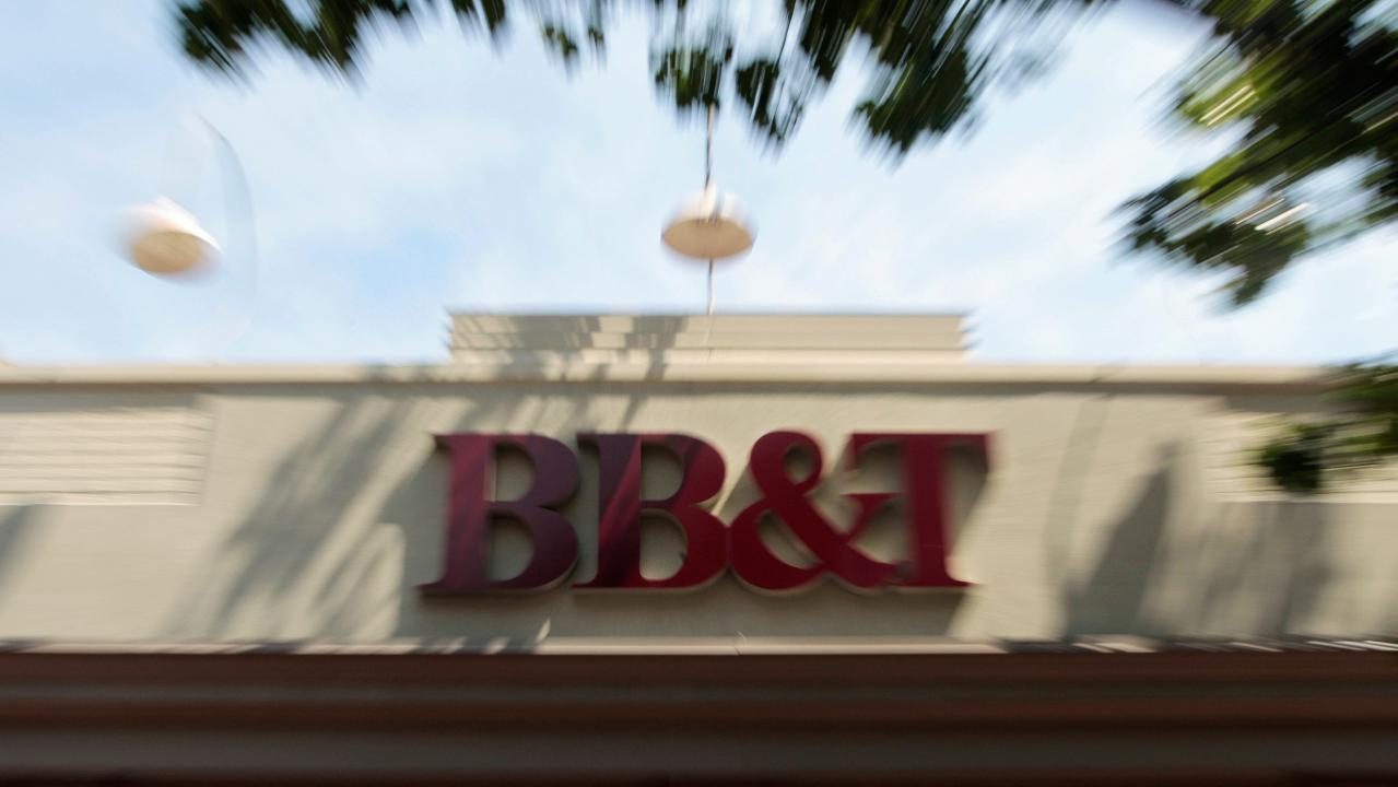 E-Valuator Funds CIO Kevin Miller on the merger deal between BB&T and SunTrust and the state of the financial sector overall.
