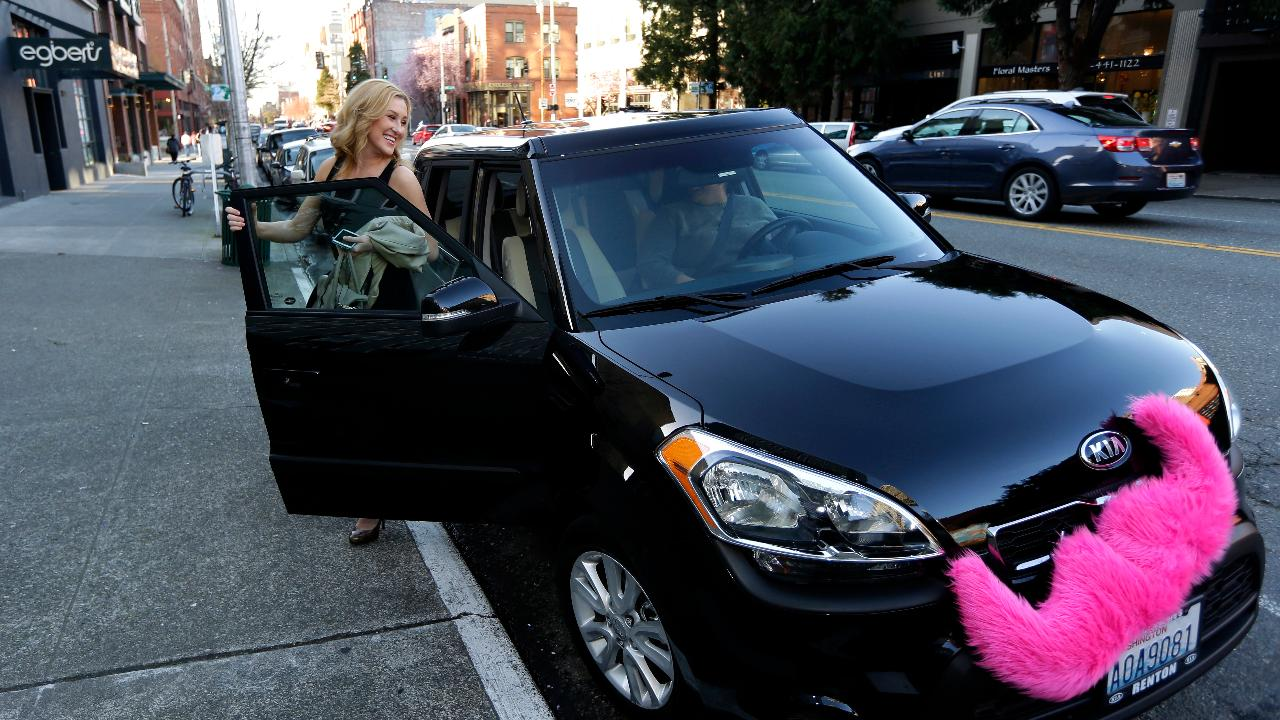 MarketWatch San Francisco Bureau Chief Jeremy Owens on Lyft and Pinterest's plans to go public and the state of the IPO market.