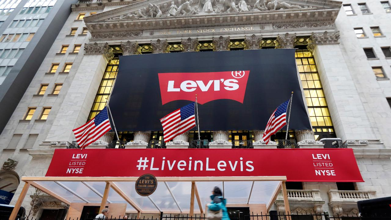 Renaissance Capital IPO ETF Manager Kathleen Smith and Pro4ma Inc. CEO Liz Dunn on the Levi Strauss IPO and the outlook for the IPO market.