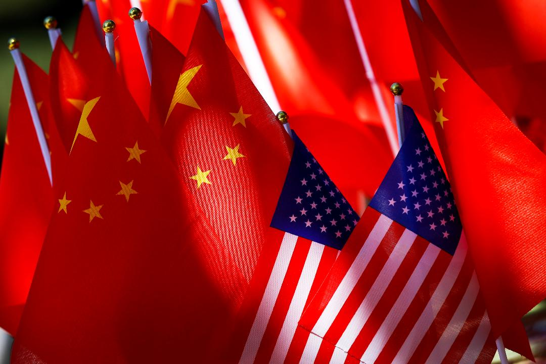 Gary Locke, former U.S. ambassador to China, discusses how the Chinese parliament approved a foreign investment law that aims to protect overseas companies operating in China.