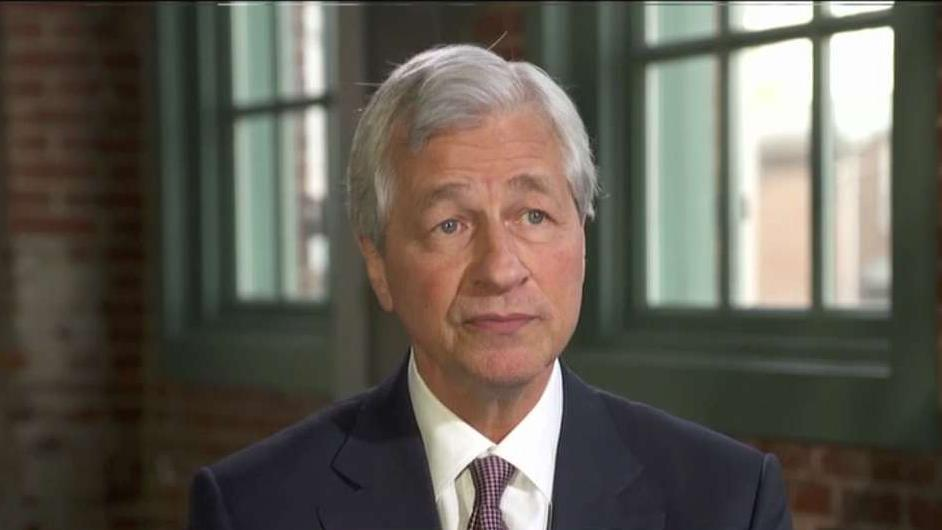 JPMorgan Chase CEO Jamie Dimon on concerns over technology's impact on the job market, the state of the U.S. economy and the rise in capital expenditures.