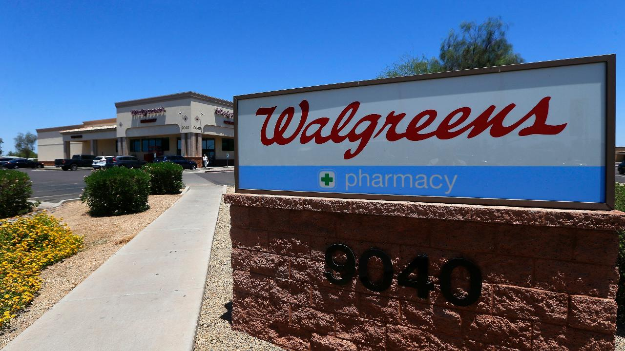FBN's Gerri Willis breaks down Walgreens' second-quarter results.