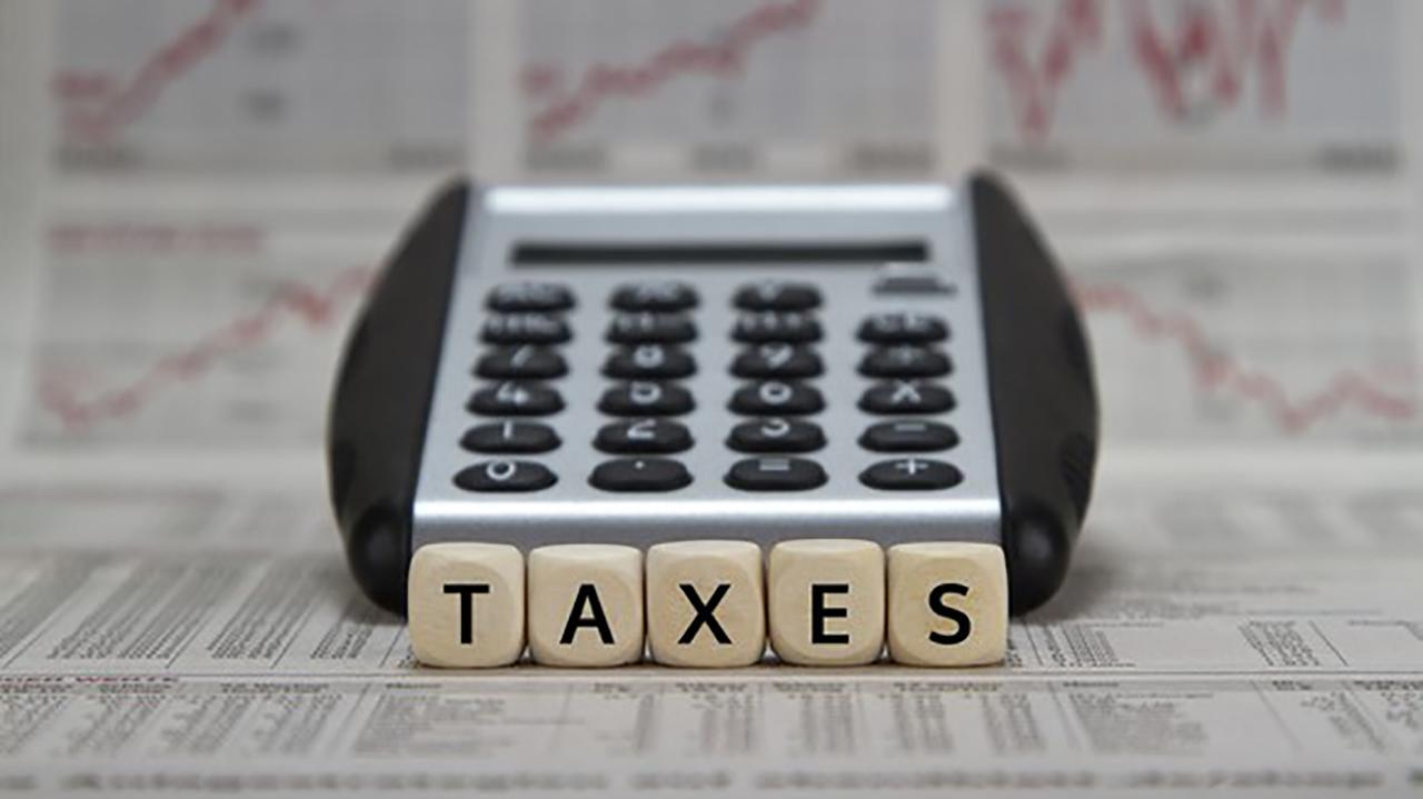 According to IRS figures, individual tax refunds in 2019 are slightly smaller than last year's returns. Brandon Arnold, executive vice president of the National Taxpayers Union, reacts to the IRS figures.