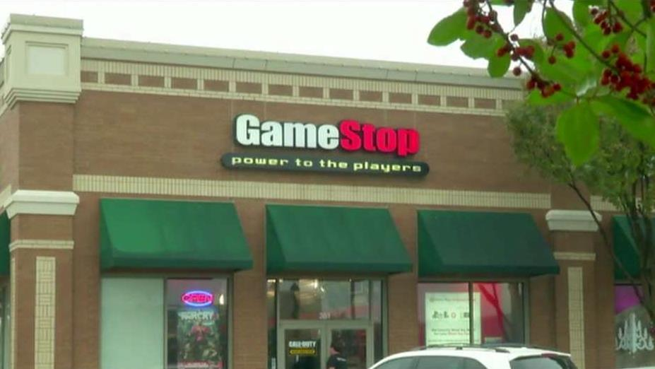 Gamer World News Entertainment host Tian Wang on mounting concerns over the future of GameStop.