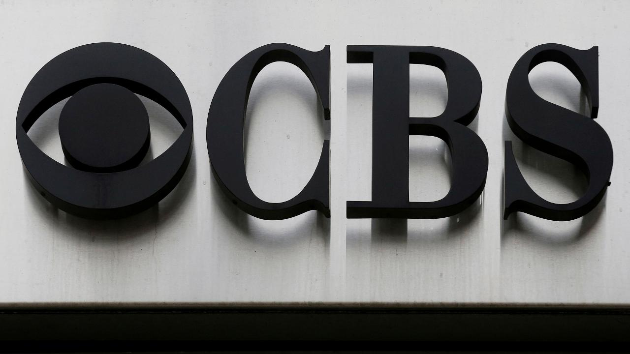 FBN's Charlie Gasparino says talks are heating up on a possible CBS-Viacom merger amid CBS's search for a new CEO.