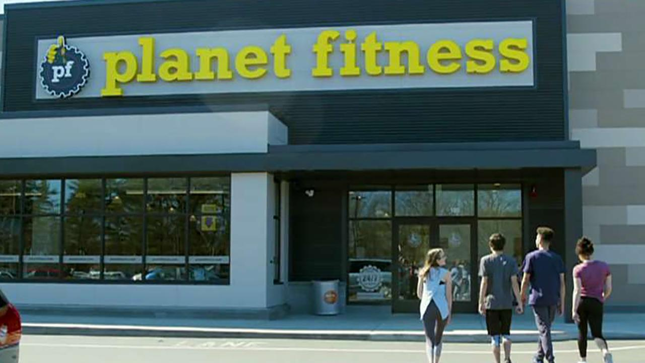 Planet Fitness CEO Chris Rondeau discusses why the company is offering free memberships to teenagers this summer.