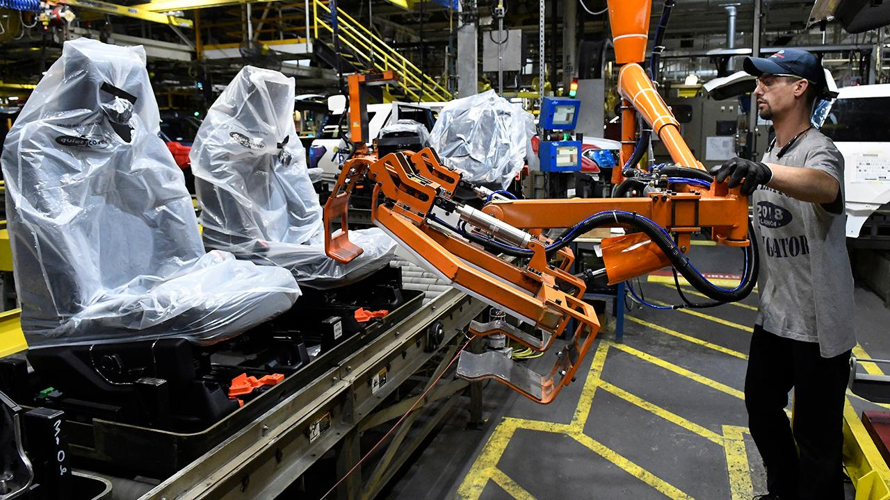 National Association of Manufacturers CEO Jay Timmons on how the U.S.-China trade war and the potential tariffs against Mexico are affecting the manufacturing industry.