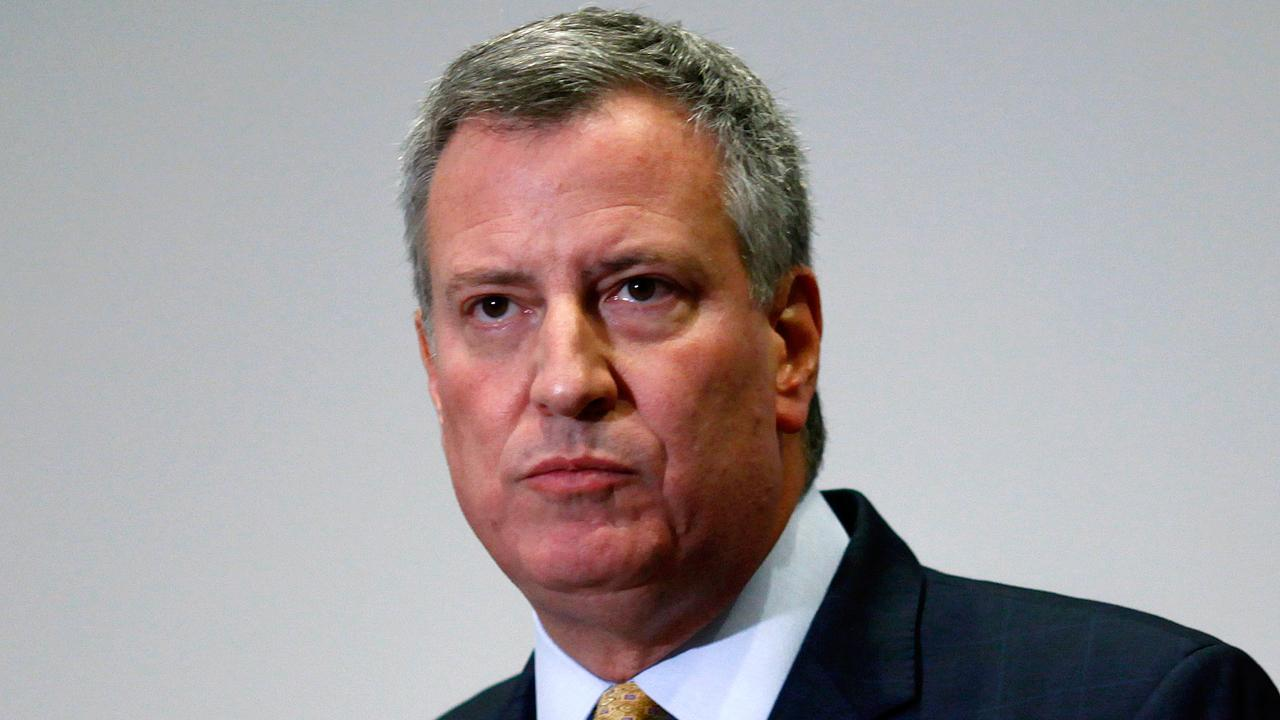 NYC Mayor Bill de Blasio is facing backlash after shouting a Spanish slogan associated with Cuba's Communist revolution at a rally in Miami, Florida. Former Army Intel & Special Operations Brett Velicovich reacts to de Blasio's comment.
