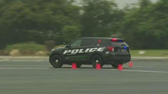 Foxnews.com automotive editor Gary Gastelu goes behind the wheel of the new version of the Ford Police Interceptor.