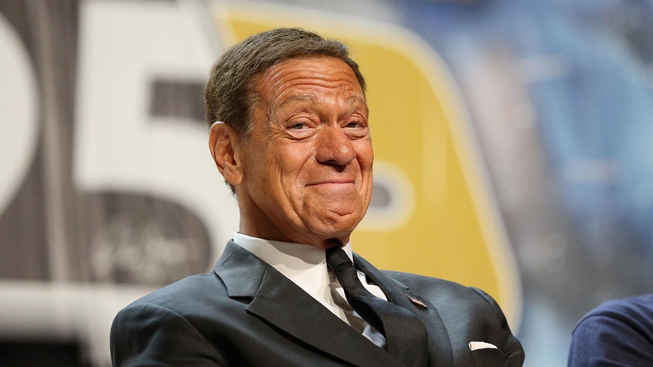 Former SNL cast member Joe Piscopo says people can't afford high taxes anymore.