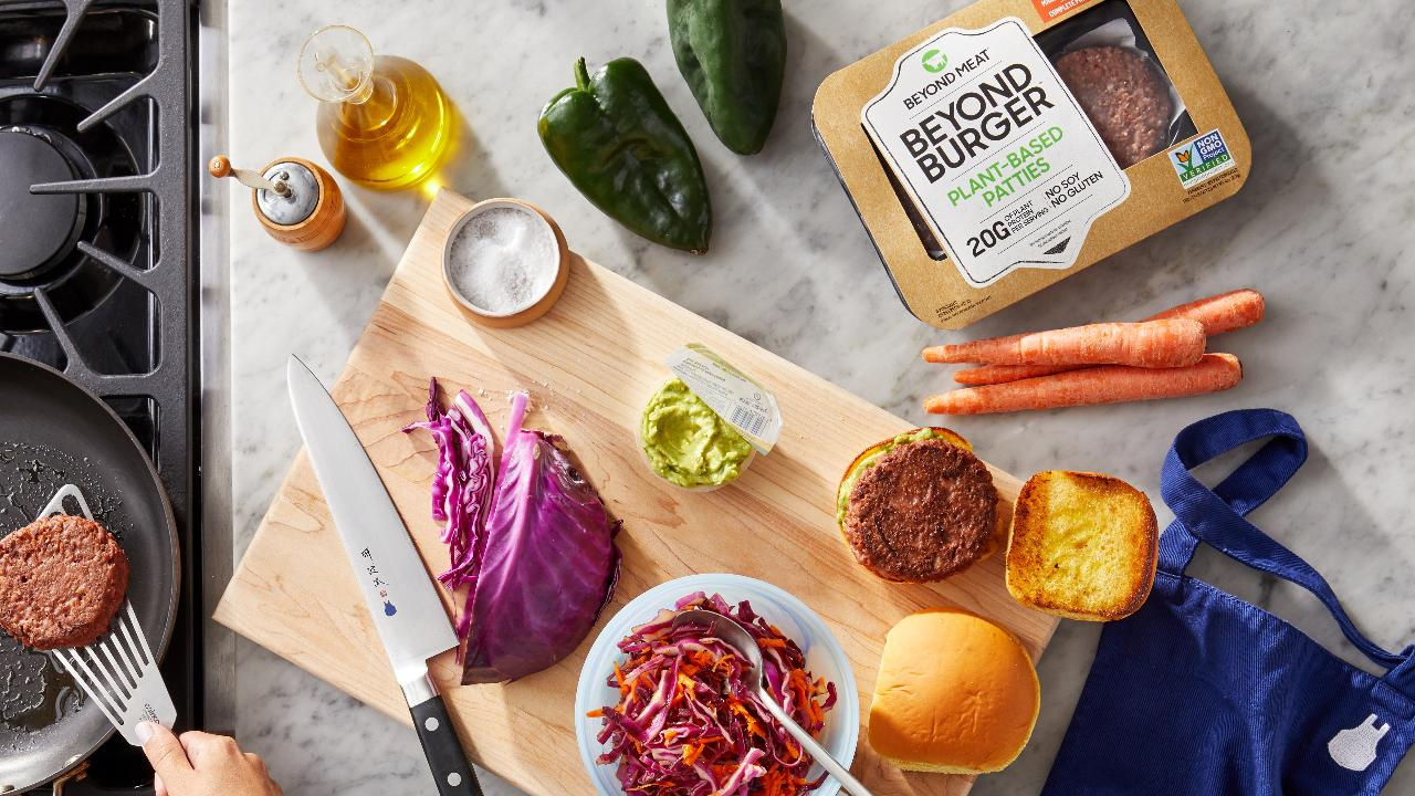 Evolution VC Partners CEO Gregg Smith on Blue Apron and the outlook for Beyond Meat and JUUL.