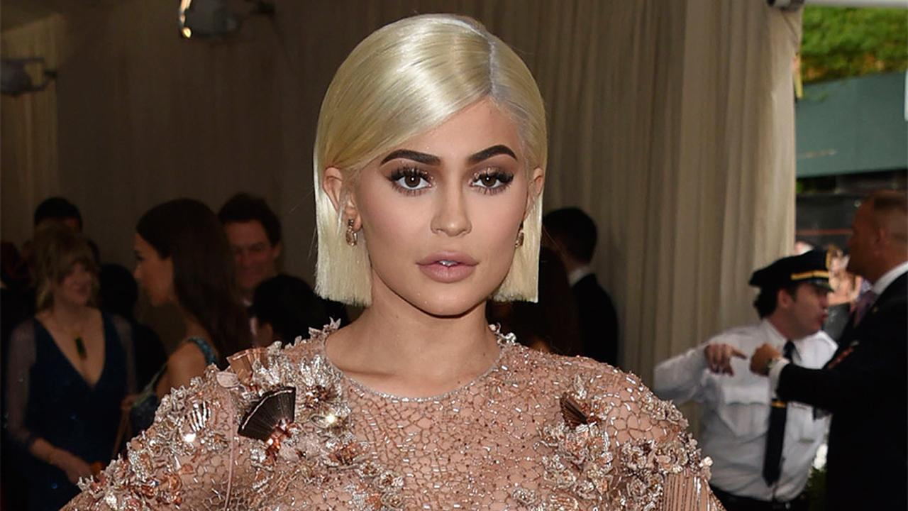 FBN's Cheryl Casone on Kylie Jenner topping the list of celebrities who earn the most per sponsored Instagram post.