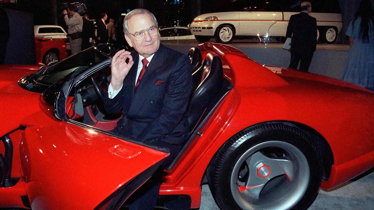 Auto industry titan Lee Iacocca has died. FBN's Cheryl Casone with more.
