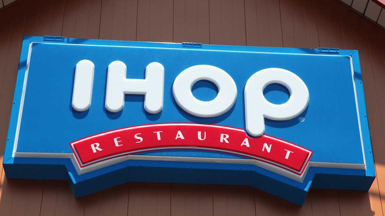 Morning Business Outlook: IHOP offers up a major deal with a short stack of three pancakes selling for just 58 cents in honor of the restaurant's founding in 1958; National Retail Federation forecasts parents of kids in kindergarten to 12th grade will spend close to $700 on school supplies.