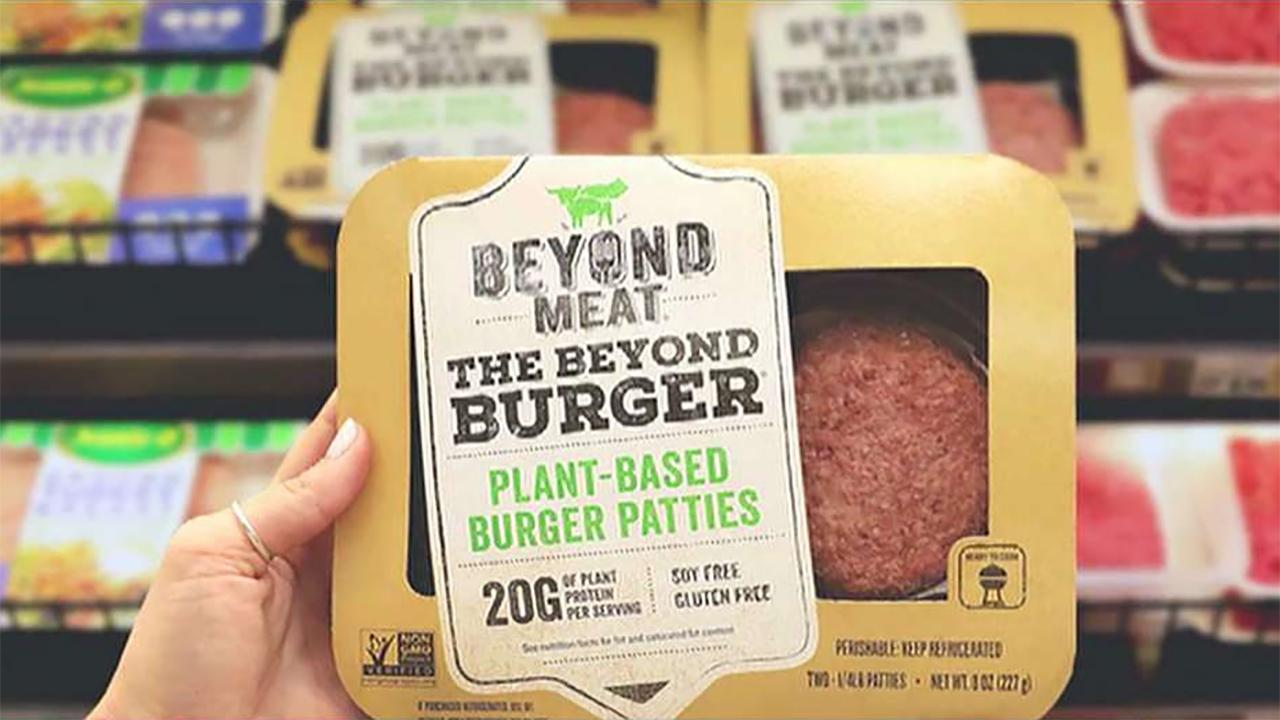 Former Chrysler CEO Bob Nardelli, CFRA Investment Strategist Lindsey Bell and former Ohio State Senate Minority Leader Capri Cafaro on the spike in the number of Amazon Prime cancellations and Blue Apron shares spiking on the company's partnership with Beyond Meat.
